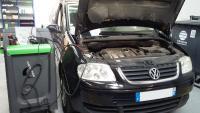 Recharge clim sur un Volkswagen Touran
