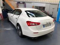 Protegez vous des rayons UV ! Pose de vitres teintées Maserati ghibli