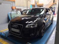 Remplacement de la courroie d'alternateur et du klaxon sur une Audi S3